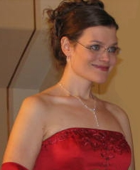 Matron of Honor at my sister's wedding - Smiling without teeth